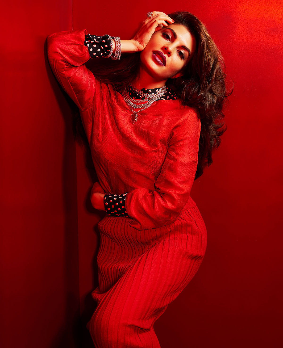 Jacqueline Fernandez - Grazia Photo Shoot GIFs & Pictures - Sexy Actress Pictures | Hot Actress Pictures - ActressSnaps.com