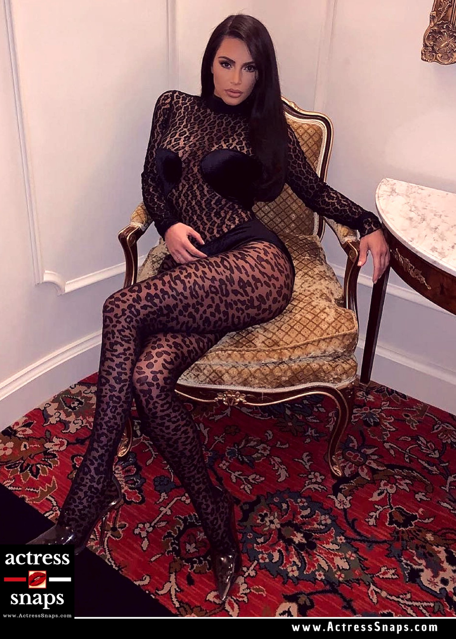 Kim Kardashian - Sexy in Leopard Print - Sexy Actress Pictures | Hot Actress Pictures - ActressSnaps.com