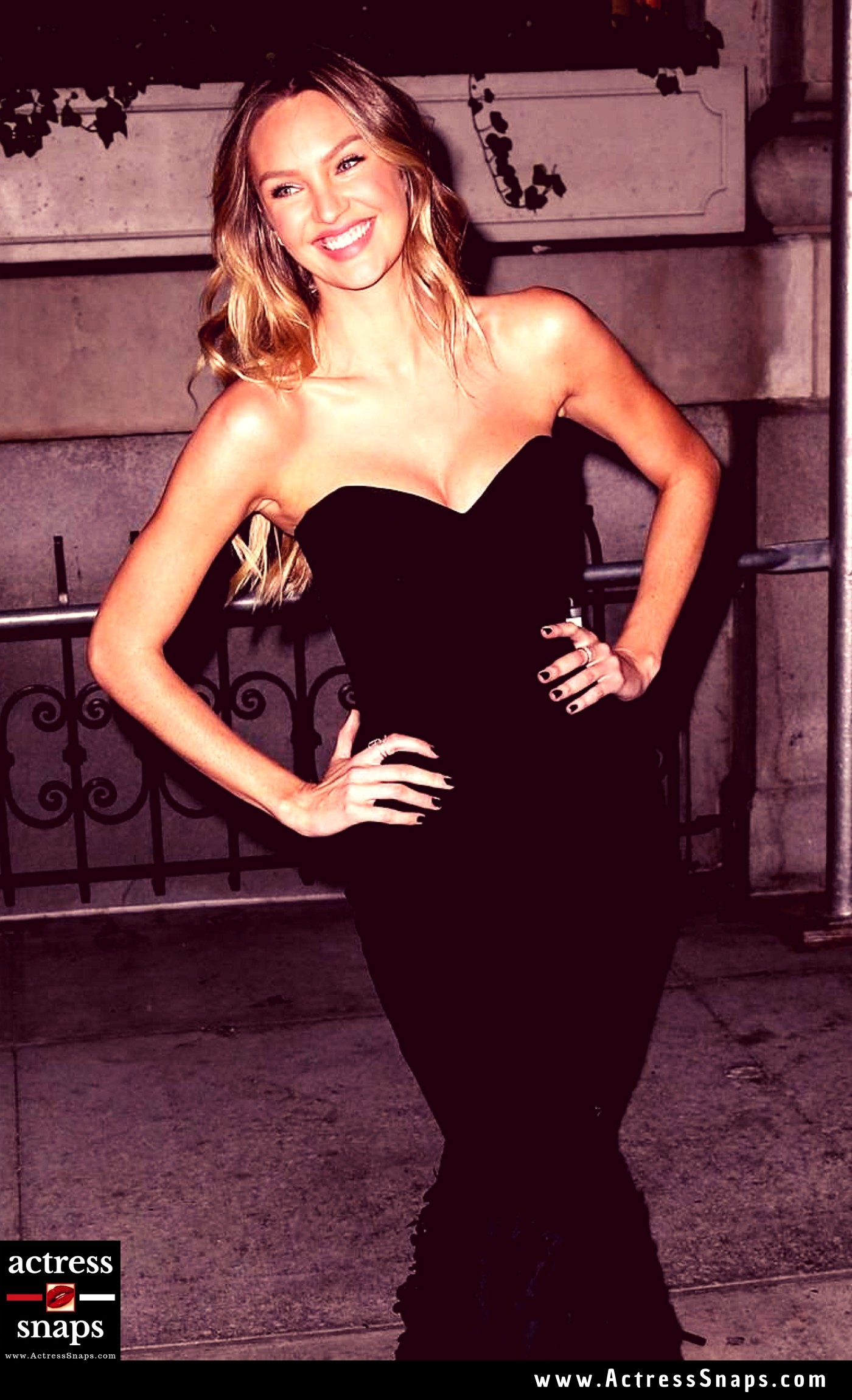 Sexy Candice Swanepoel at Harper's Bazaar ICONS Party - Sexy Actress Pictures | Hot Actress Pictures - ActressSnaps.com