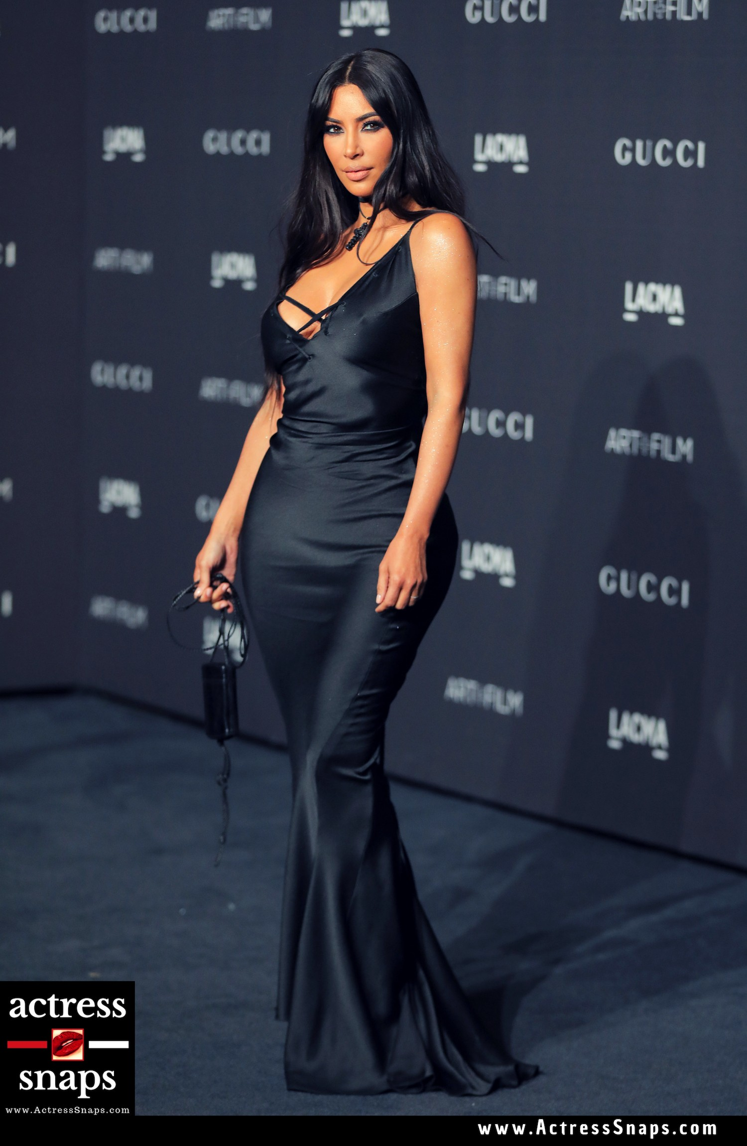 Kim Kardashian Latest pictuers from LACMA Event - Sexy Actress Pictures | Hot Actress Pictures - ActressSnaps.com