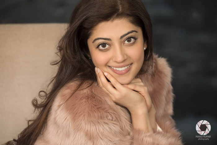 Sexy Pranitha Subhash Photo Shoot Pictures - Sexy Actress Pictures | Hot Actress Pictures - ActressSnaps.com