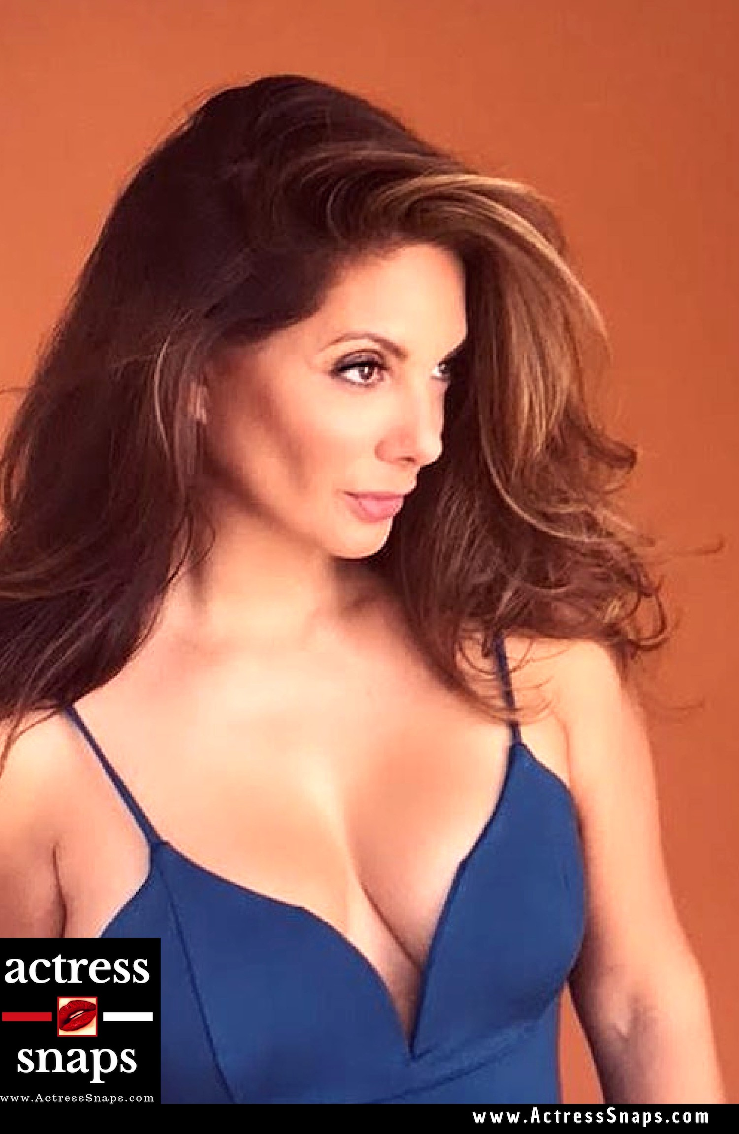 Sexy Alex Meneses Photos Collection - Sexy Actress Pictures | Hot Actress Pictures - ActressSnaps.com
