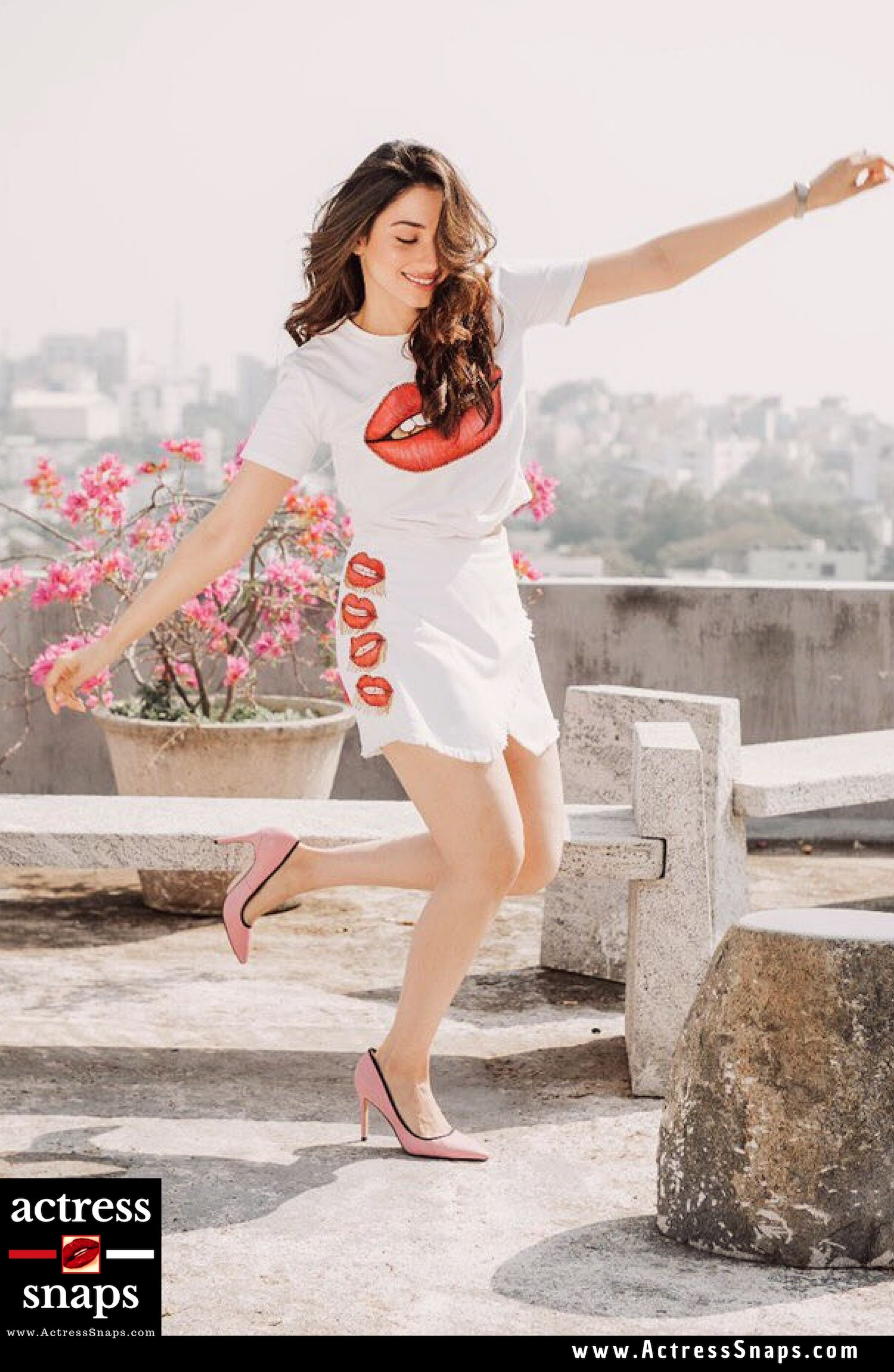 Tamanna Looking Cheerful in latest Photo Shoot - Sexy Actress Pictures | Hot Actress Pictures - ActressSnaps.com