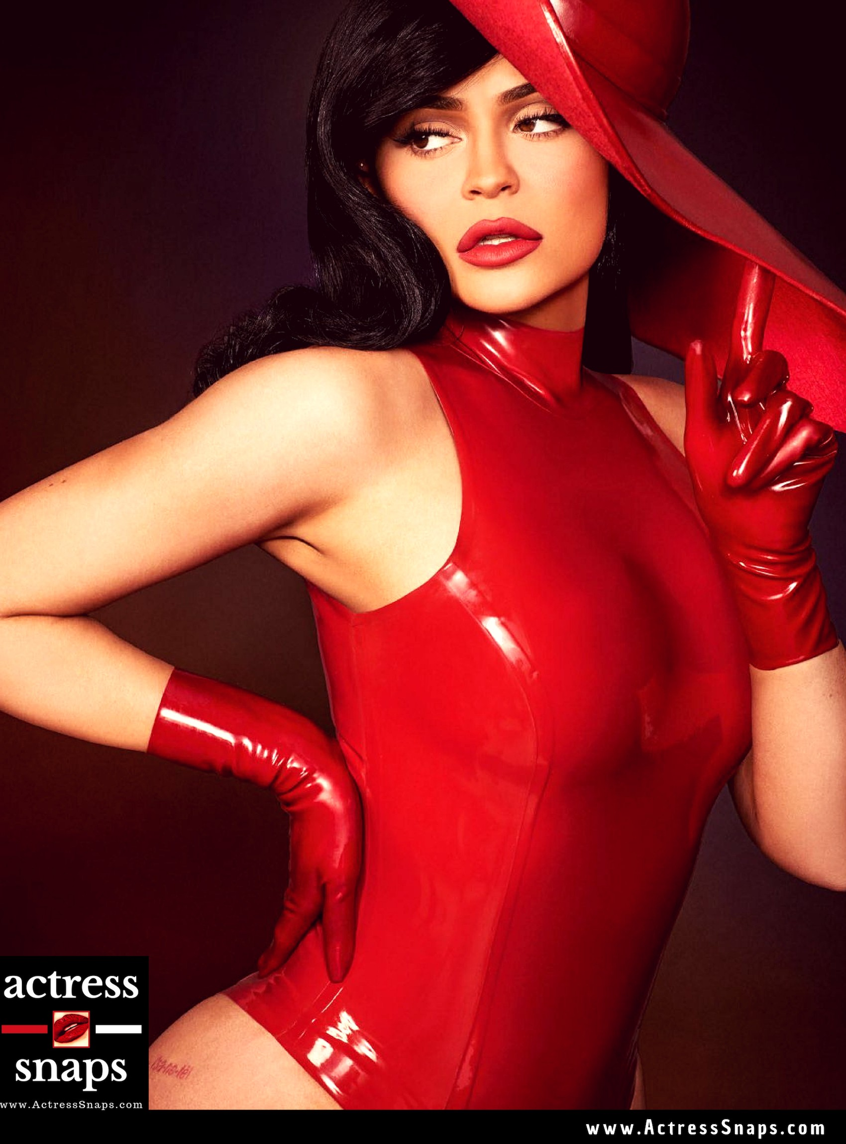 Sexy Kylie Jenner Interview Magazine Pictures - Sexy Actress Pictures | Hot Actress Pictures - ActressSnaps.com