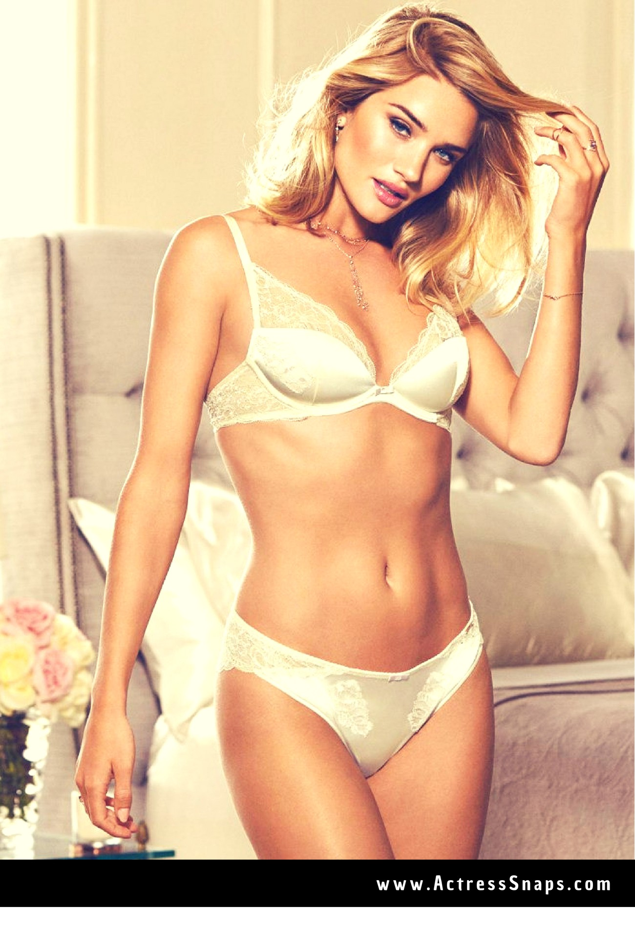Rosie Huntington-Whiteley Sexy Lingerie Collections - Sexy Actress Pictures | Hot Actress Pictures - ActressSnaps.com