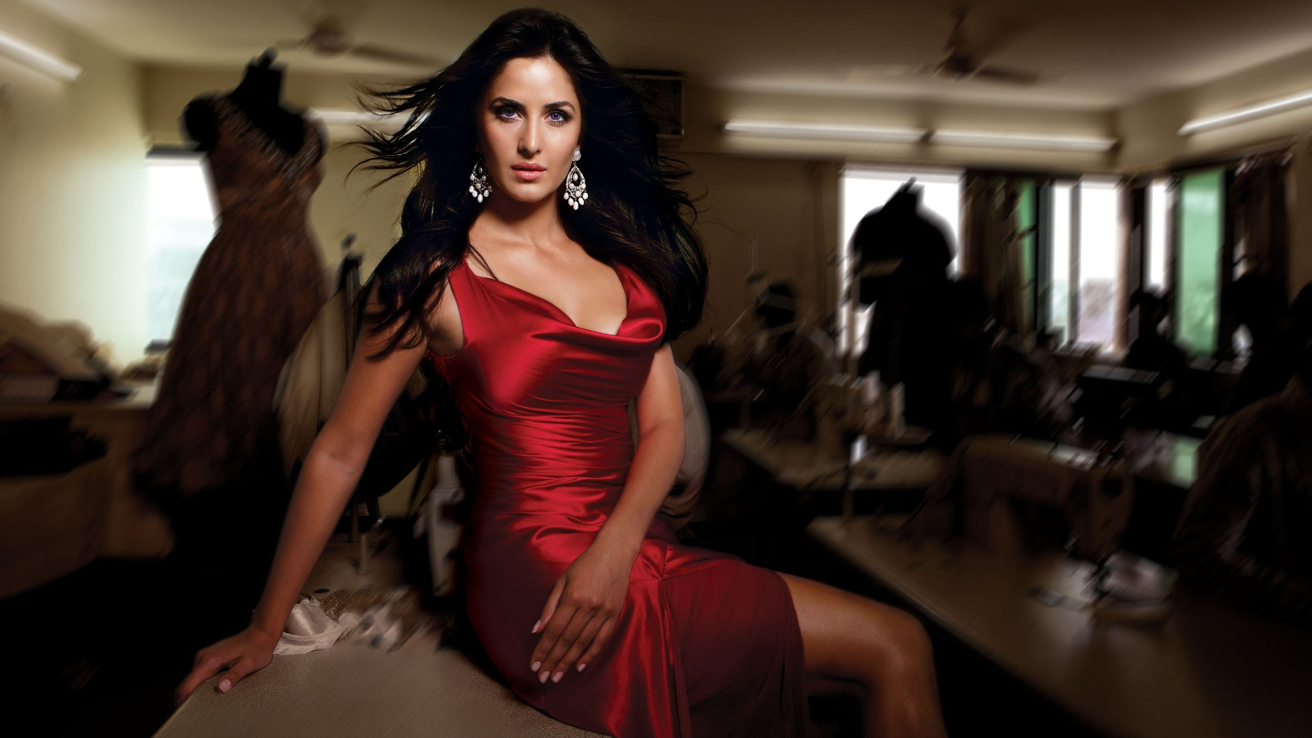 Sexy Katrina Kaif in Red Photos - Sexy Actress Pictures | Hot Actress Pictures