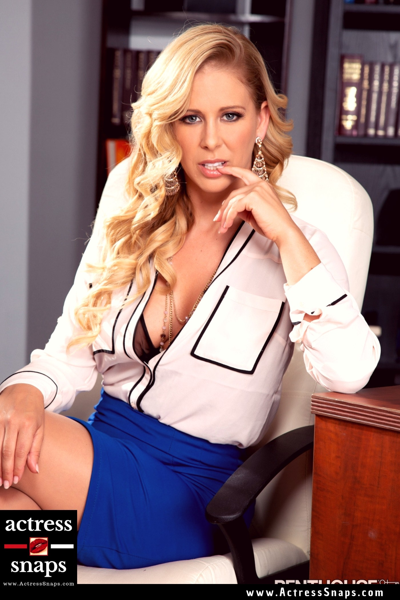 Cherie DeVille - Sexy Photos Collection - Sexy Actress Pictures | Hot Actress Pictures - ActressSnaps.com