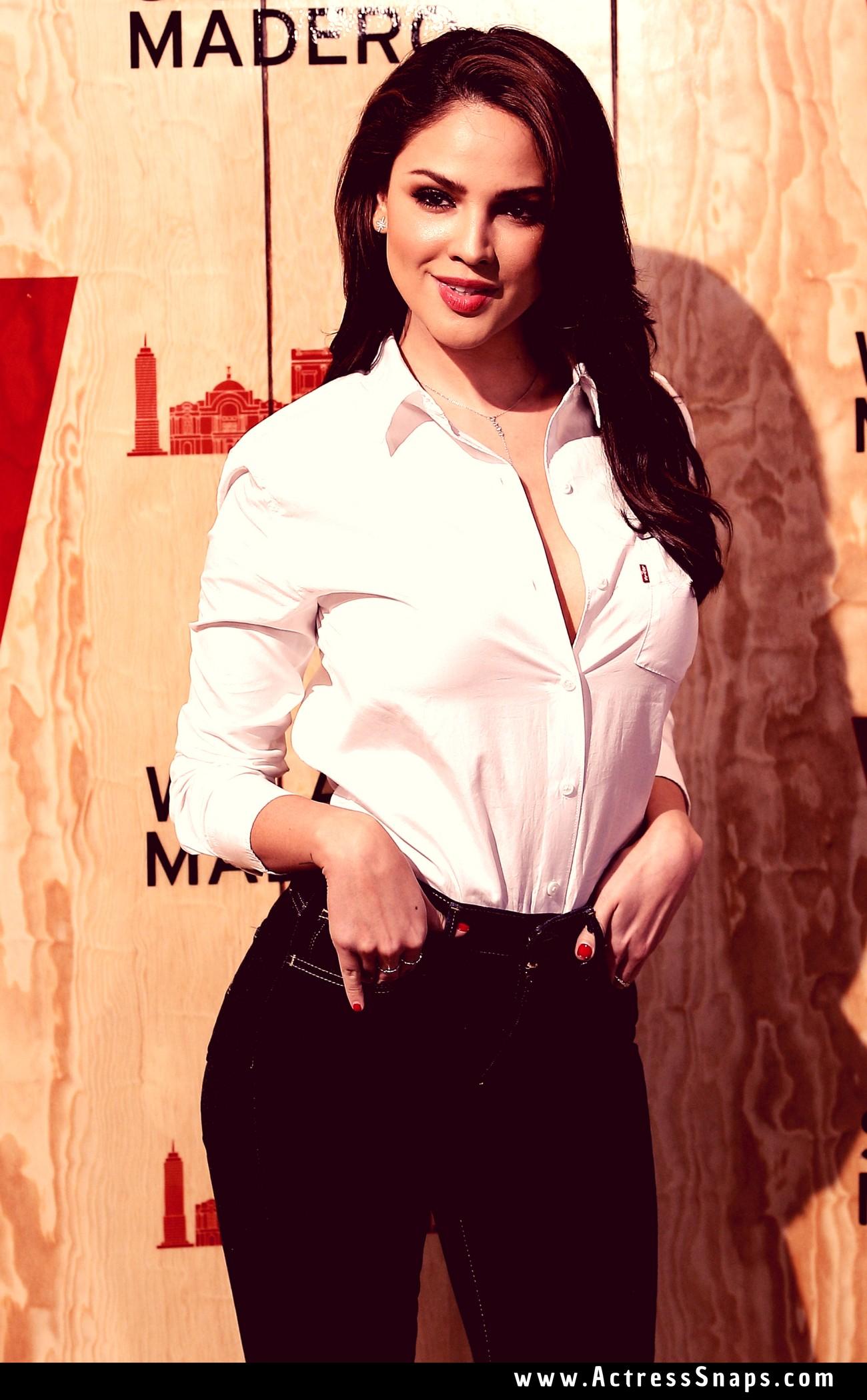 Hot Eiza Gonzalez in Denim Pictures - Sexy Actress Pictures | Hot Actress Pictures - ActressSnaps.com