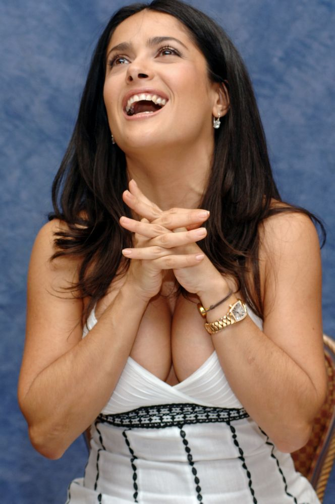 Extreme Salma Hayek Cleavage Show Pictures - Sexy Actress Pictures | Hot Actress Pictures - ActressSnaps.com