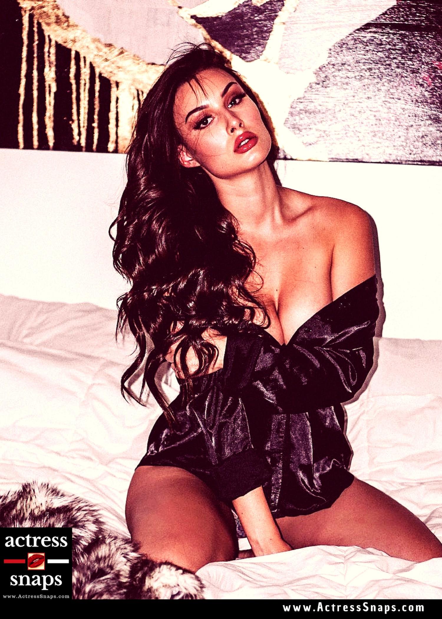 Bianca Kmiec - Hot Fitness Babe - Sexy Actress Pictures | Hot Actress Pictures - ActressSnaps.com