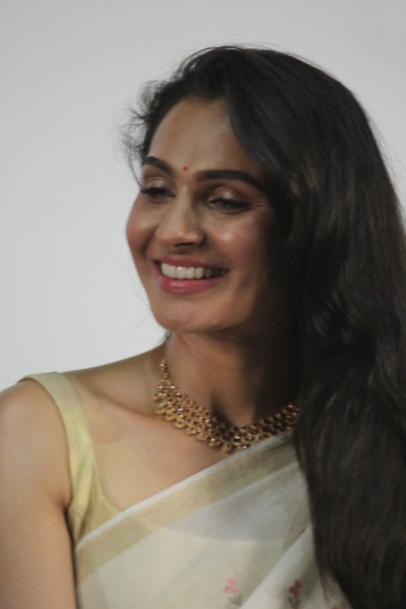 Andrea Jeremiah Pictures from Vada Chennai Press Meet - Sexy Actress Pictures   Hot Actress Pictures - ActressSnaps.com