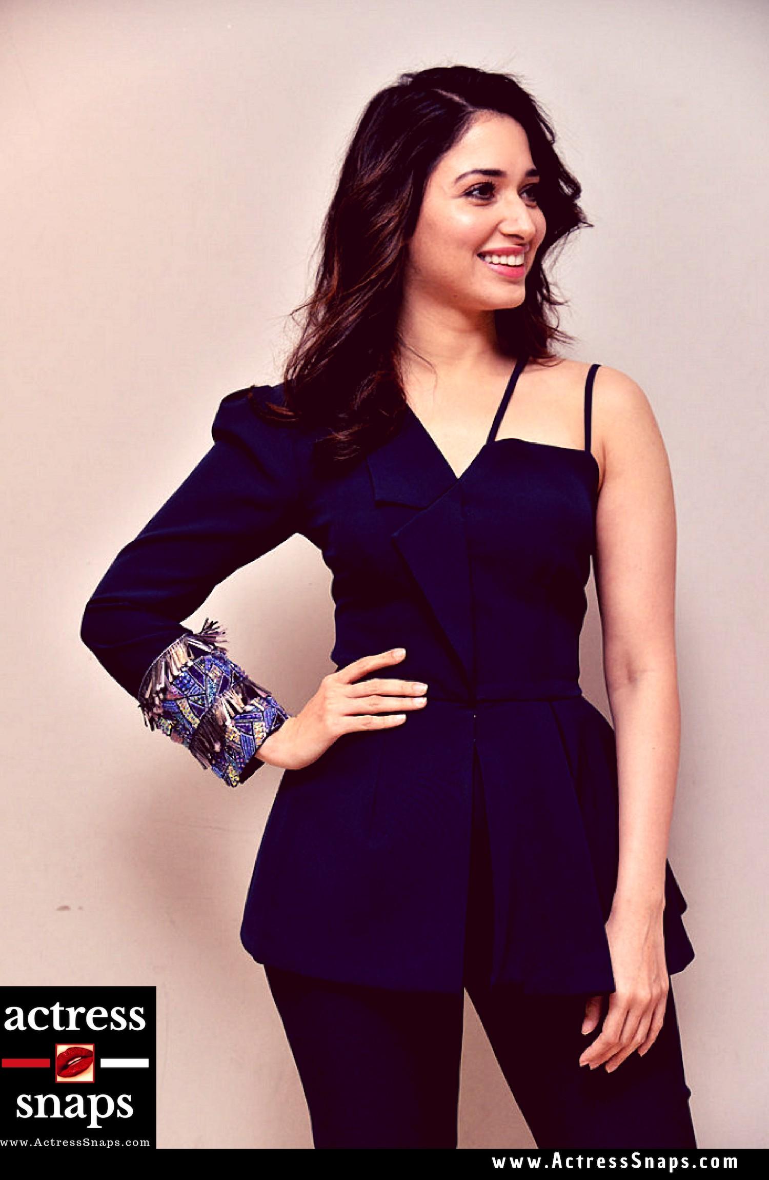 Latest Tamanna Photos - Sexy Actress Pictures | Hot Actress Pictures - ActressSnaps.com