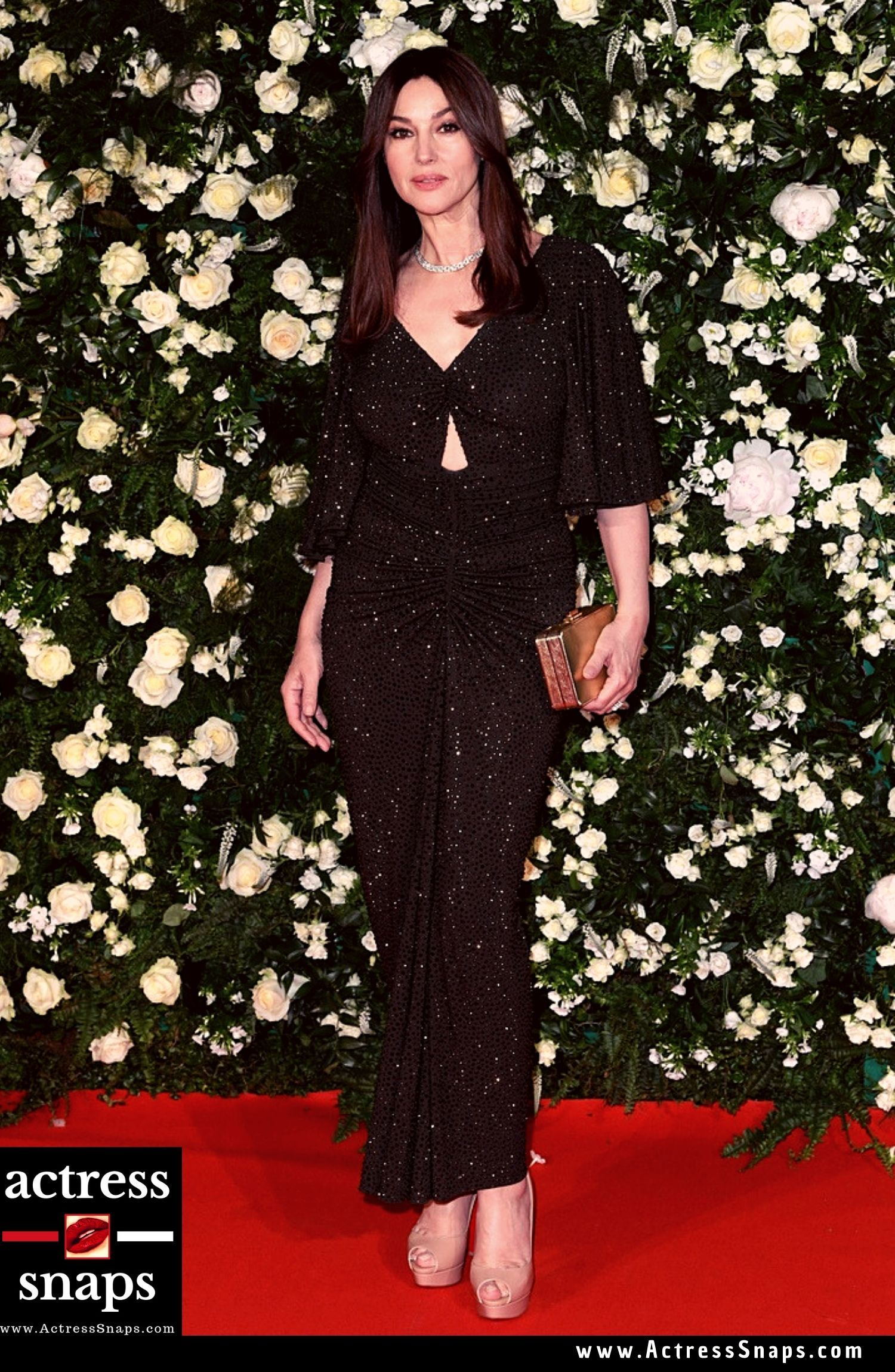 Monica Bellucci attend Annual Filmmakers Dinner in Cannes - Sexy Actress Pictures   Hot Actress Pictures - ActressSnaps.com