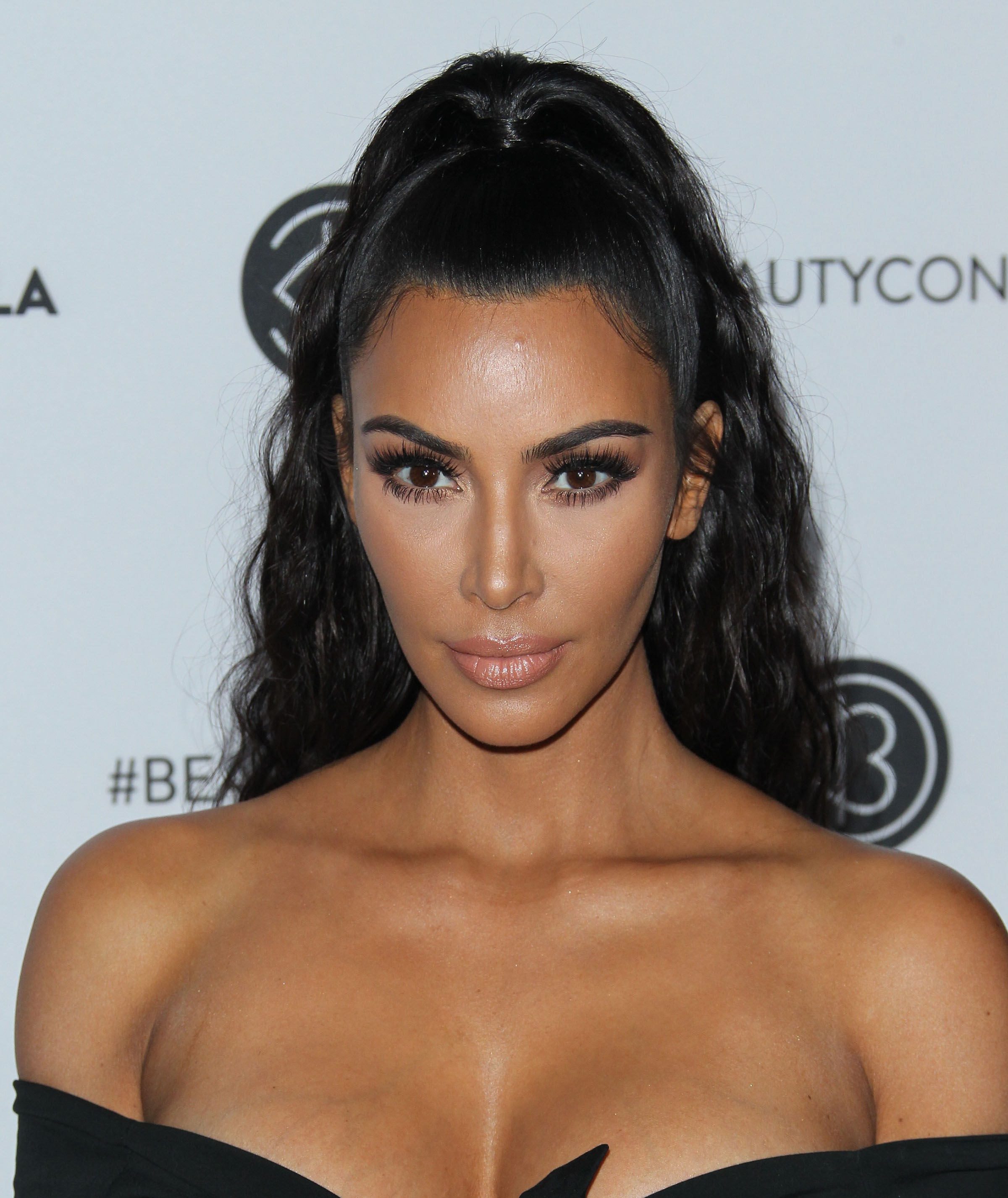 Kim Kardashian attends the Beautycon Festival Pictures - Sexy Actress Pictures | Hot Actress Pictures - ActressSnaps.com