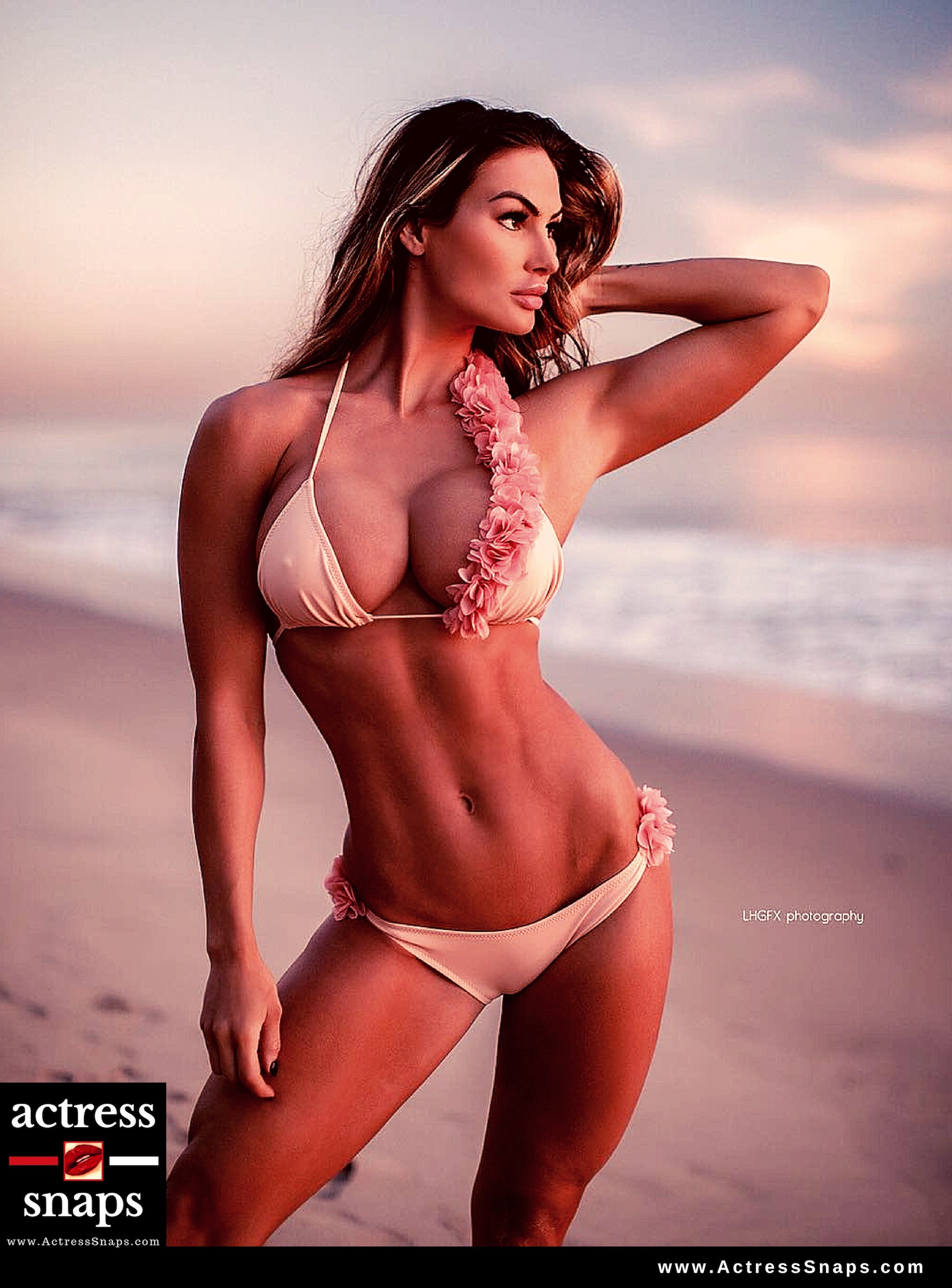 Katelyn Runck - Sexy Instagram Photos - Sexy Actress Pictures | Hot Actress Pictures - ActressSnaps.com