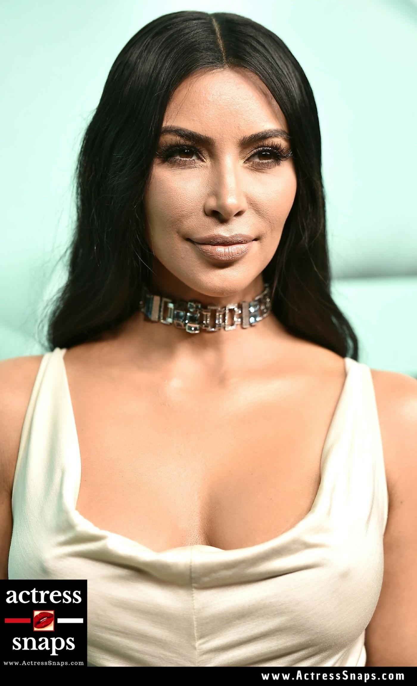 Kim Kardashian - Sexy In White Pictures - Sexy Actress Pictures   Hot Actress Pictures - ActressSnaps.com