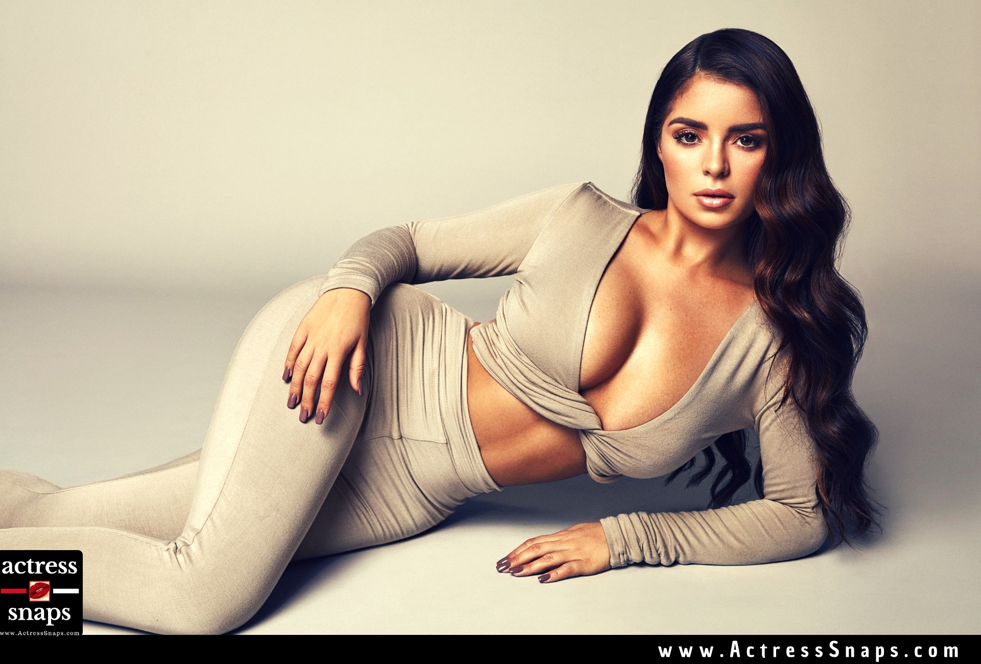 Demi Rose Mawby - Sharleen Collins Campaign 2018 - Sexy Actress Pictures | Hot Actress Pictures - ActressSnaps.com