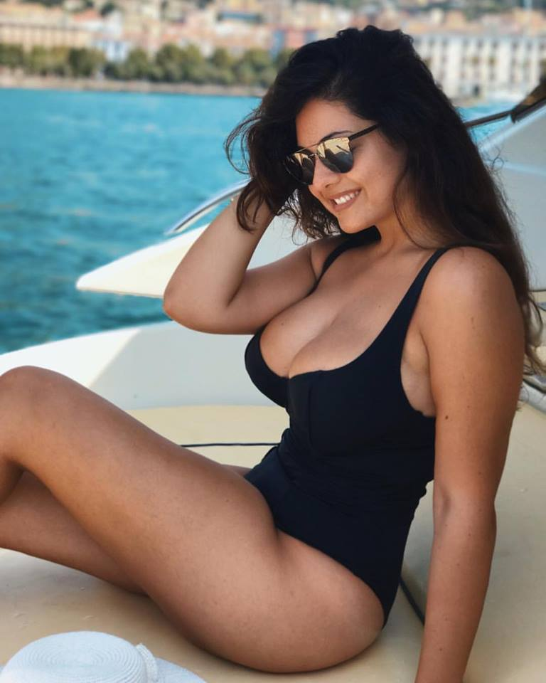 Sexy Paola Torrente Pictures Collection - Sexy Actress Pictures | Hot Actress Pictures - ActressSnaps.com