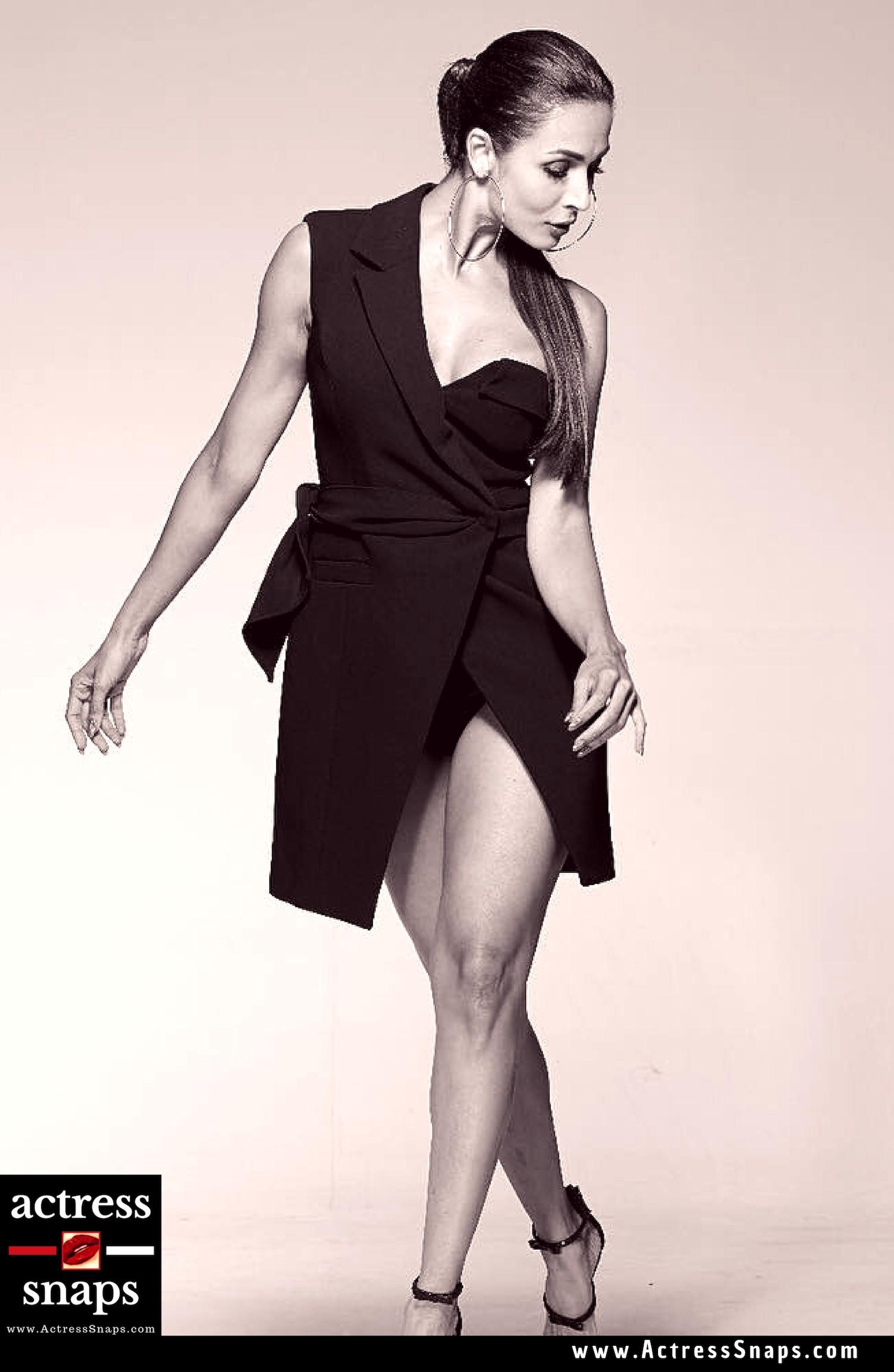 Malaika Arora Photos - Sexy Actress Pictures | Hot Actress Pictures - ActressSnaps.com