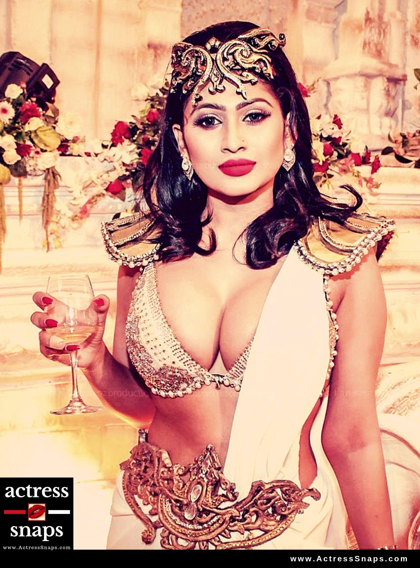 Piumi Hansamali - Sexy Photos Collection - Sexy Actress Pictures   Hot Actress Pictures - ActressSnaps.com