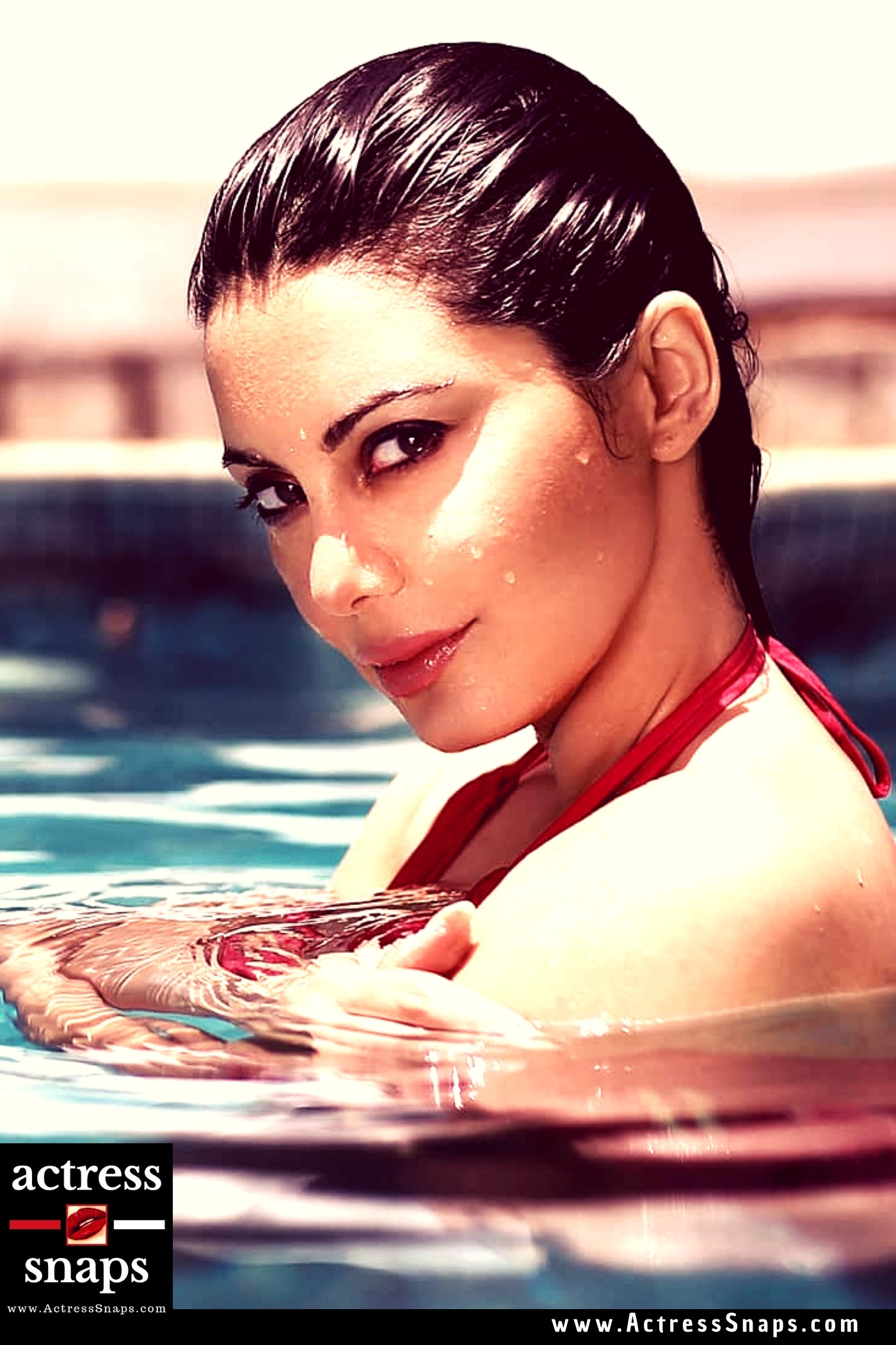 Sexy Minissha Lamba Bikini Photos - Sexy Actress Pictures | Hot Actress Pictures - ActressSnaps.com
