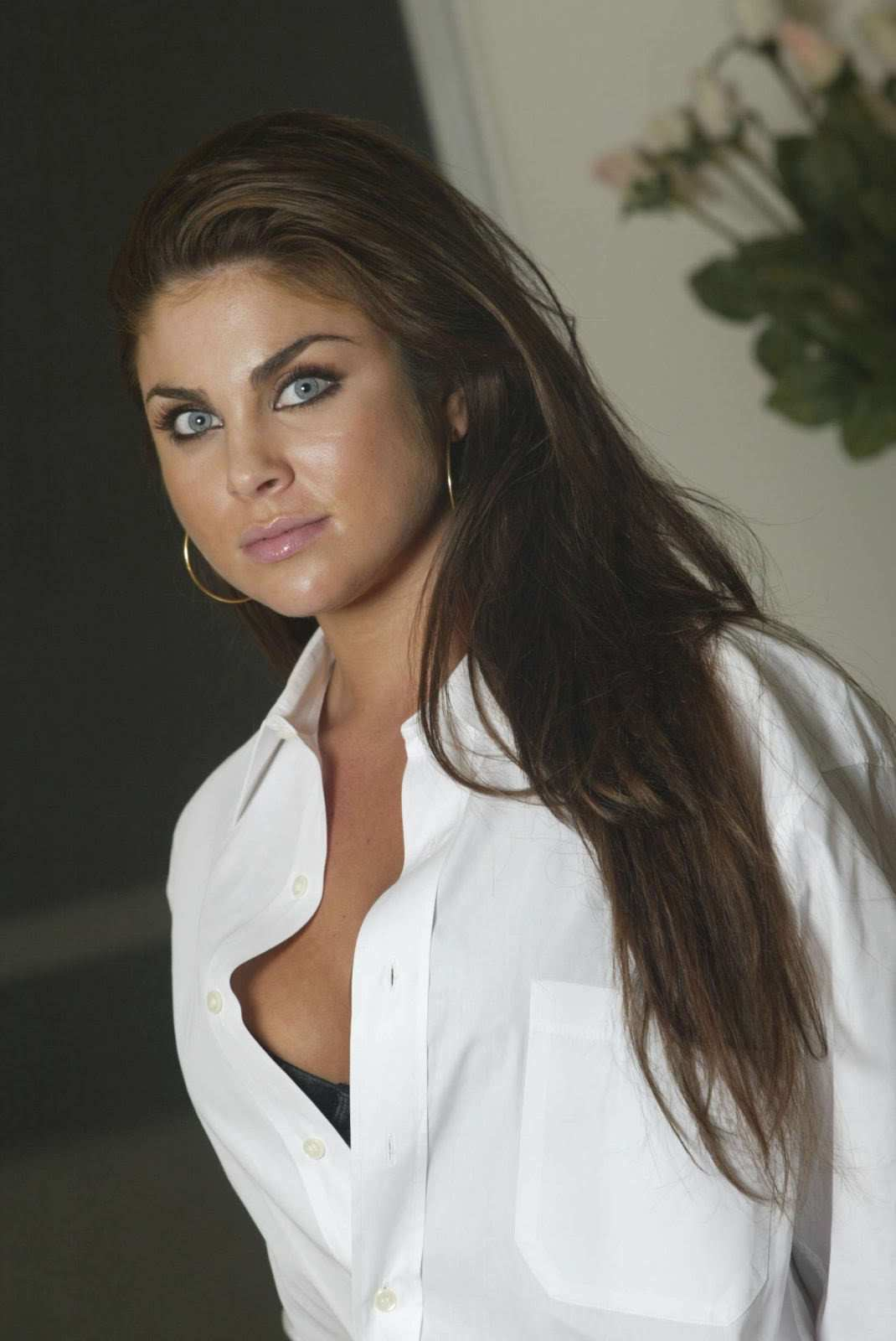 Nadia Bjorlin - Hot In Jeans - Sexy Actress Pictures | Hot Actress Pictures - ActressSnaps.com