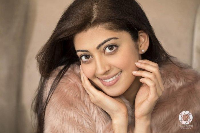 Sexy Pranitha Subhash Photo Shoot Pictures - Sexy Actress Pictures | Hot Actress Pictures - ActressSnaps.com