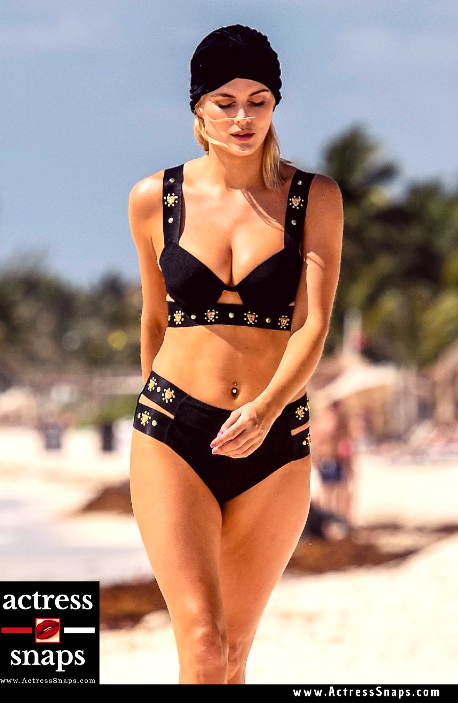 Ashley James - Sexy Bikini Photos - Sexy Actress Pictures | Hot Actress Pictures - ActressSnaps.com