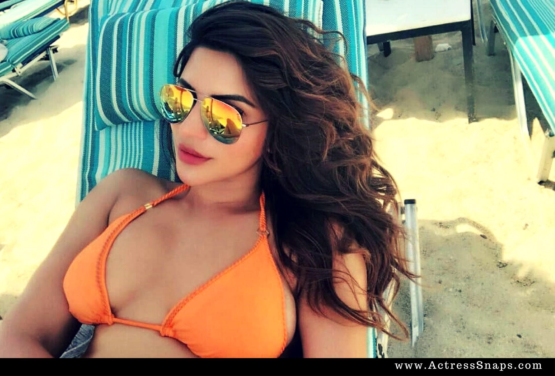 Sexy Shama Sikander Bikini Photos - Sexy Actress Pictures   Hot Actress Pictures - ActressSnaps.com